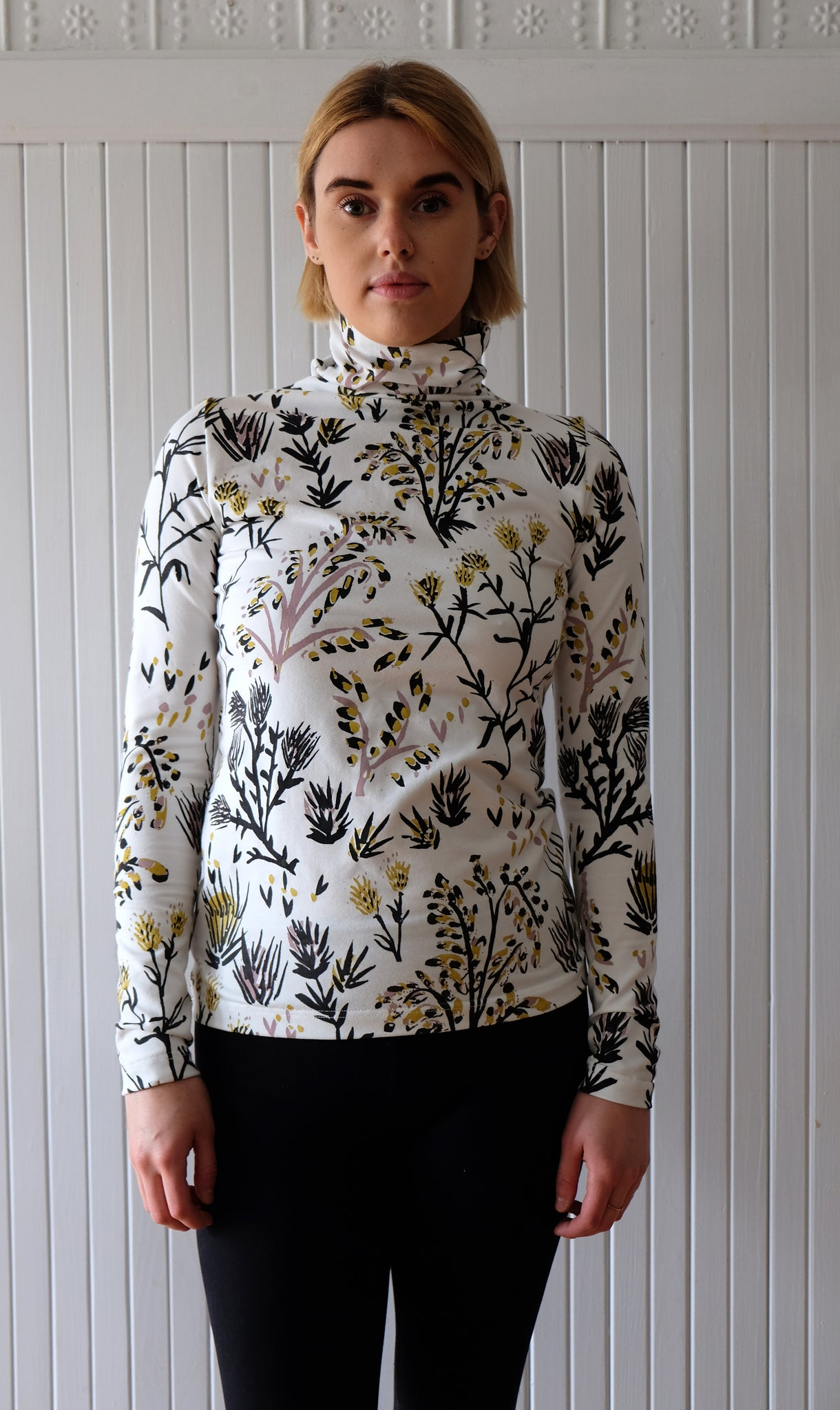 Thief&Bandit / Hand-painted Women's Turtleneck