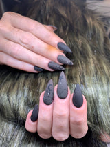 Precious Minerals Gel polish Colour change Black/brown to Nude (072)