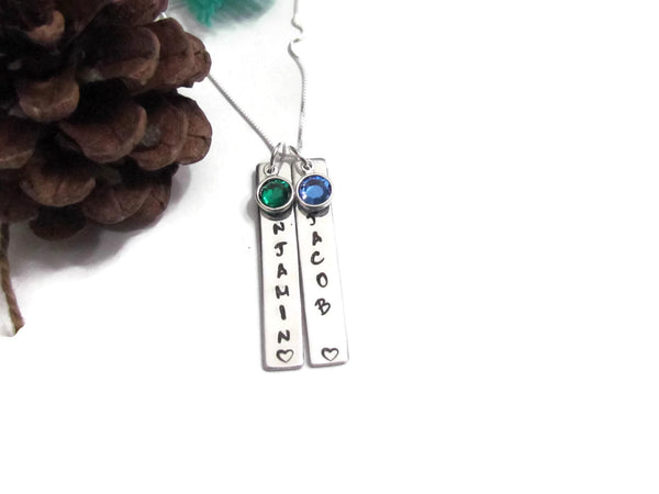 Vertical Love - Bar Necklace