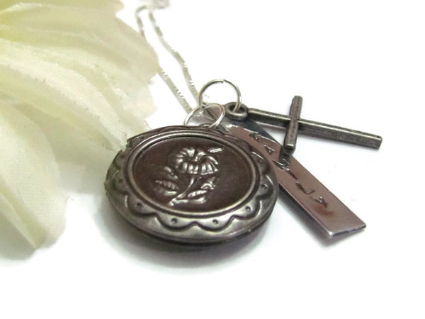 Vintage Statement Locket