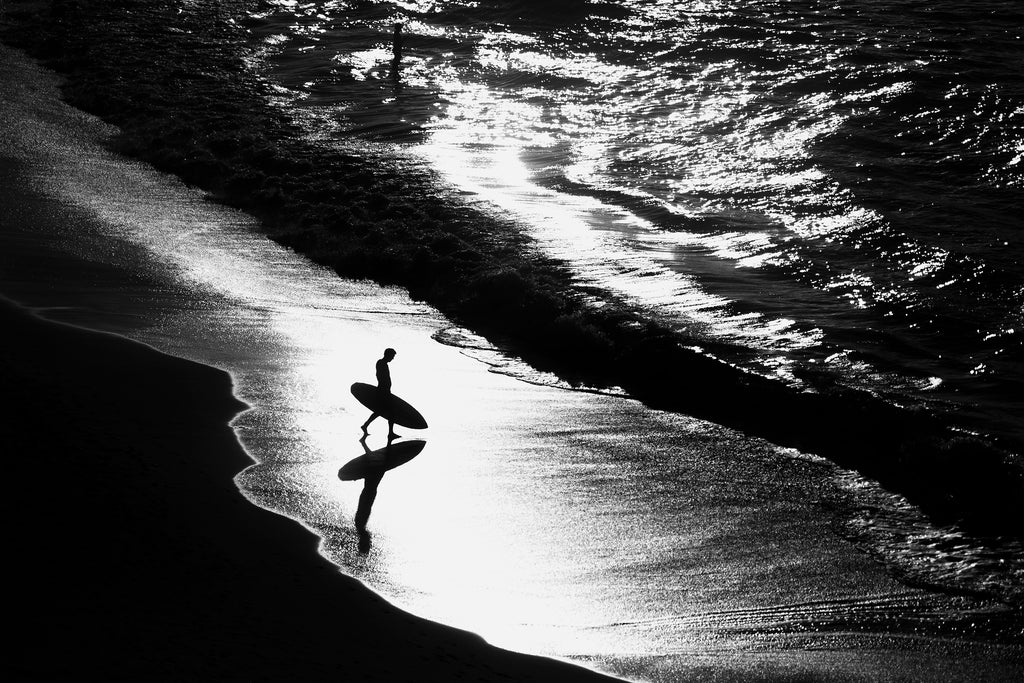 Heading out, bondi beach, sydney, shadow, water, ocean, interior, framing, styling, phresh