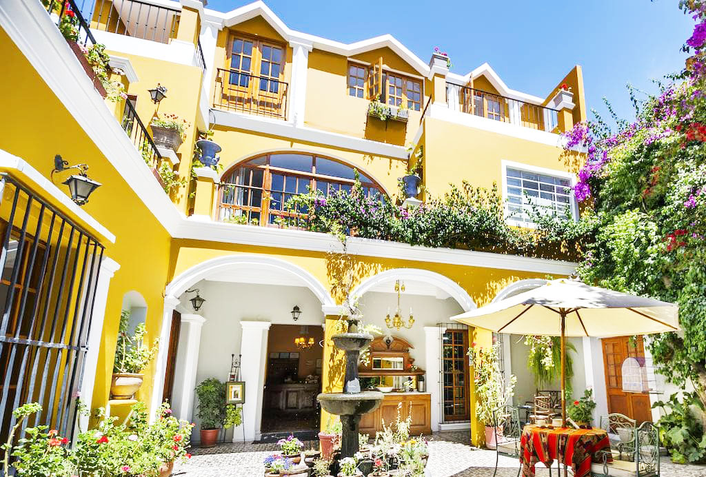 best places to stay in Peru la hosteria