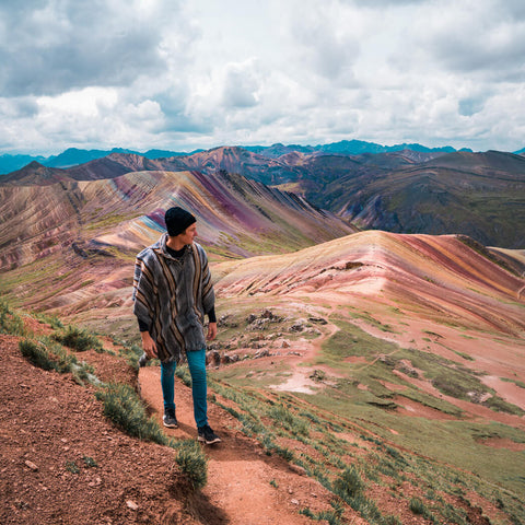 Guy at Rainbow Mountain Palccoyo
