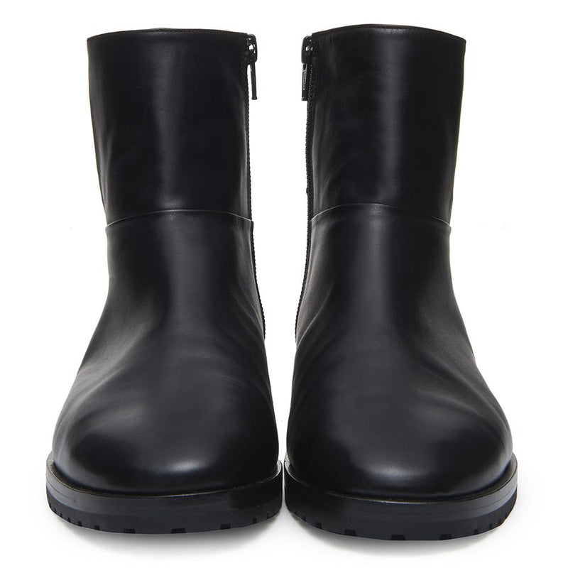 New Moon Womens Calf Leather Black Boot with Leather and Patent Leather Upper Front View