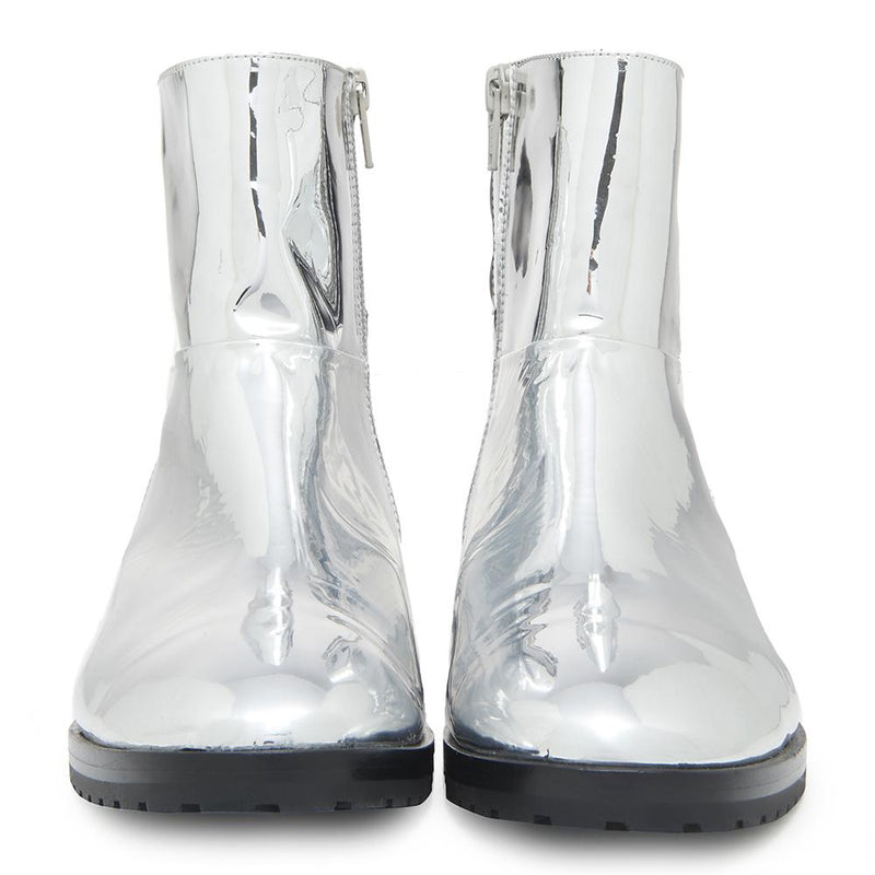 New Moon Womens Metallic Silver Boot with Leather Upper Front View
