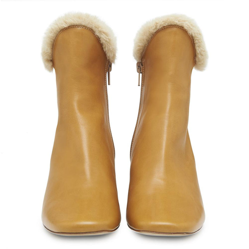 Womens Cozy Ex-Boyfriend Leather Boot with Faux Fur Trim Front View