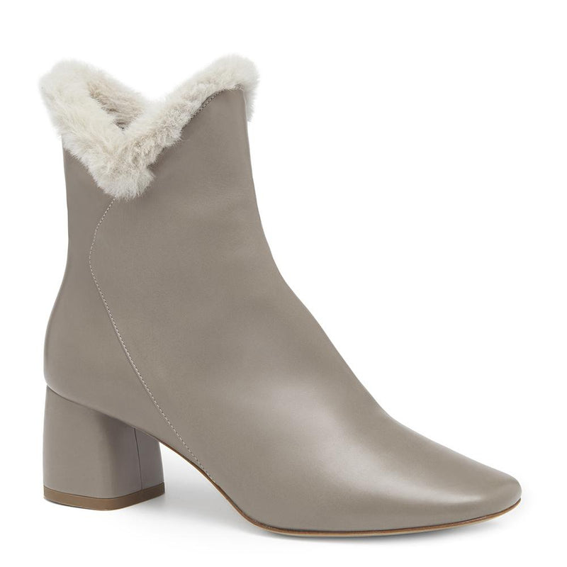 Womens Cozy Ex-Boyfriend Grey Leather Boot with Faux Fur Trim Angle View