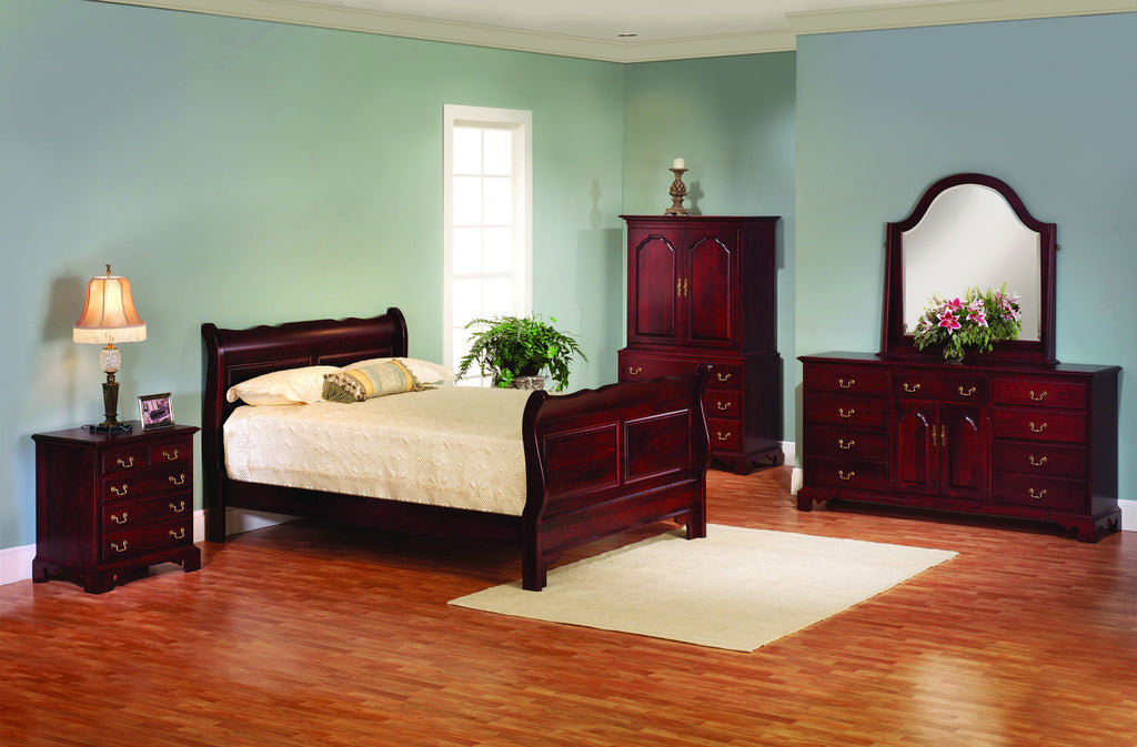 Amish Sleigh Bed with Cherry Traditional Finish   Amish Decor