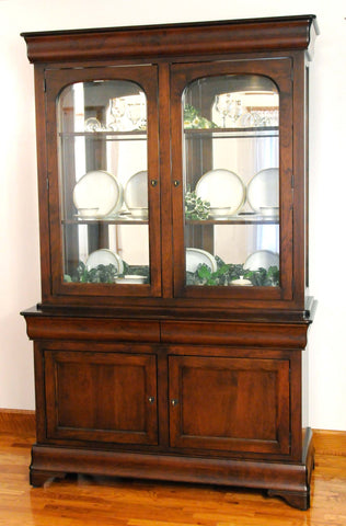 Louis Phillipe 2 door Hutch