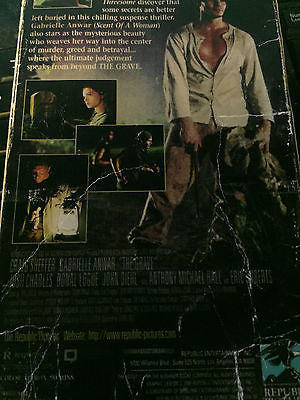 The Grave [VHS] shipping included!