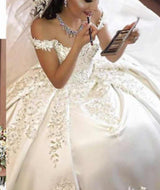 Arabic Wedding Dresses Satin Illusion Lace Crystal Beaded Bridal Gowns