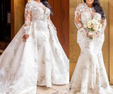 Beautiful Plus Size Mermaid Lace  Bridal Gown with detachable skirt