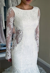 Sexy Wedding Dresses, Long Sleeves Wedding Dresses,Lace Wedding Dresses, At Bling Brides Bouquet