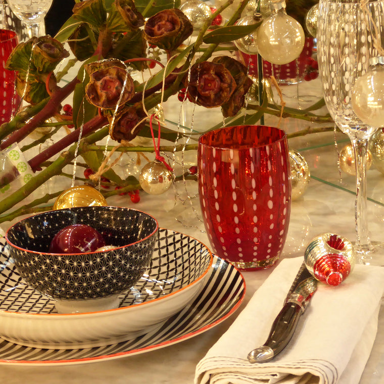Christmas table with TUE dinnerware and PERLE handmade glassware