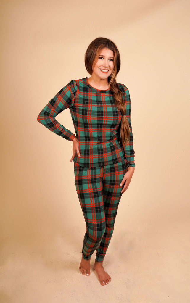 A Comfy Christmas Red And Green Plaid Pajama Set