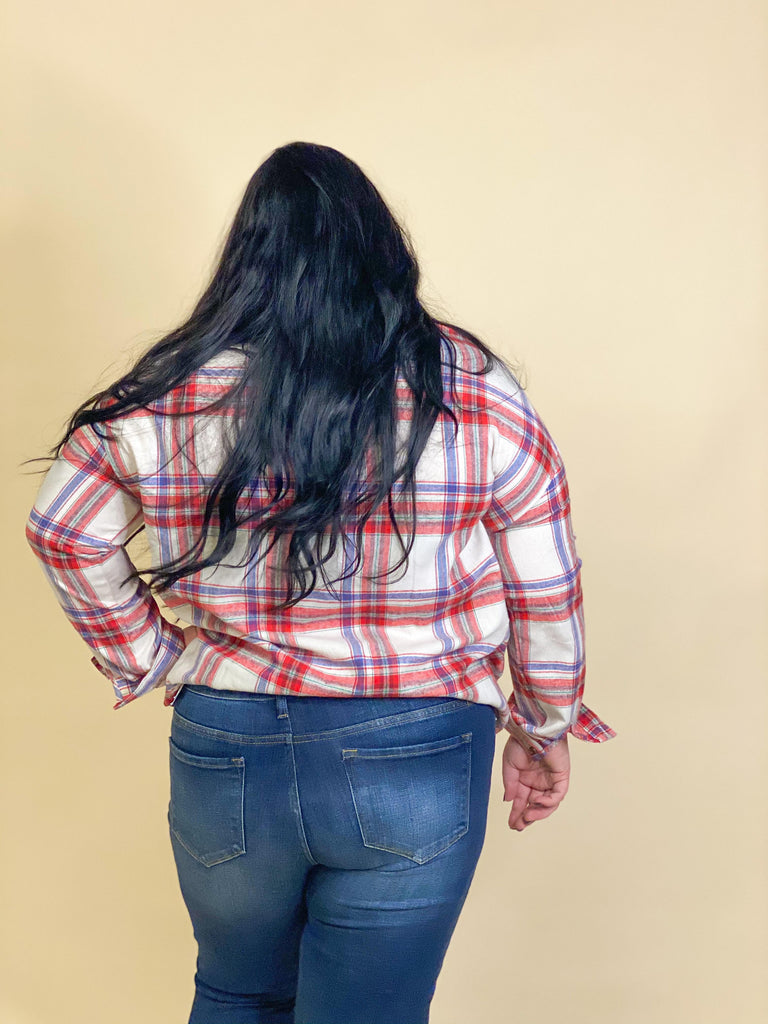 CURVY GIRL-Shayna Red Collared Flannel With Front Pockets