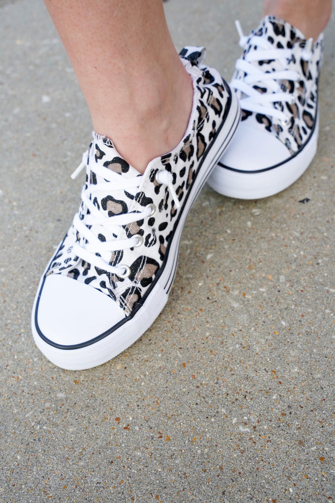 Comfy Snow Leopard Lace Up Sneakers