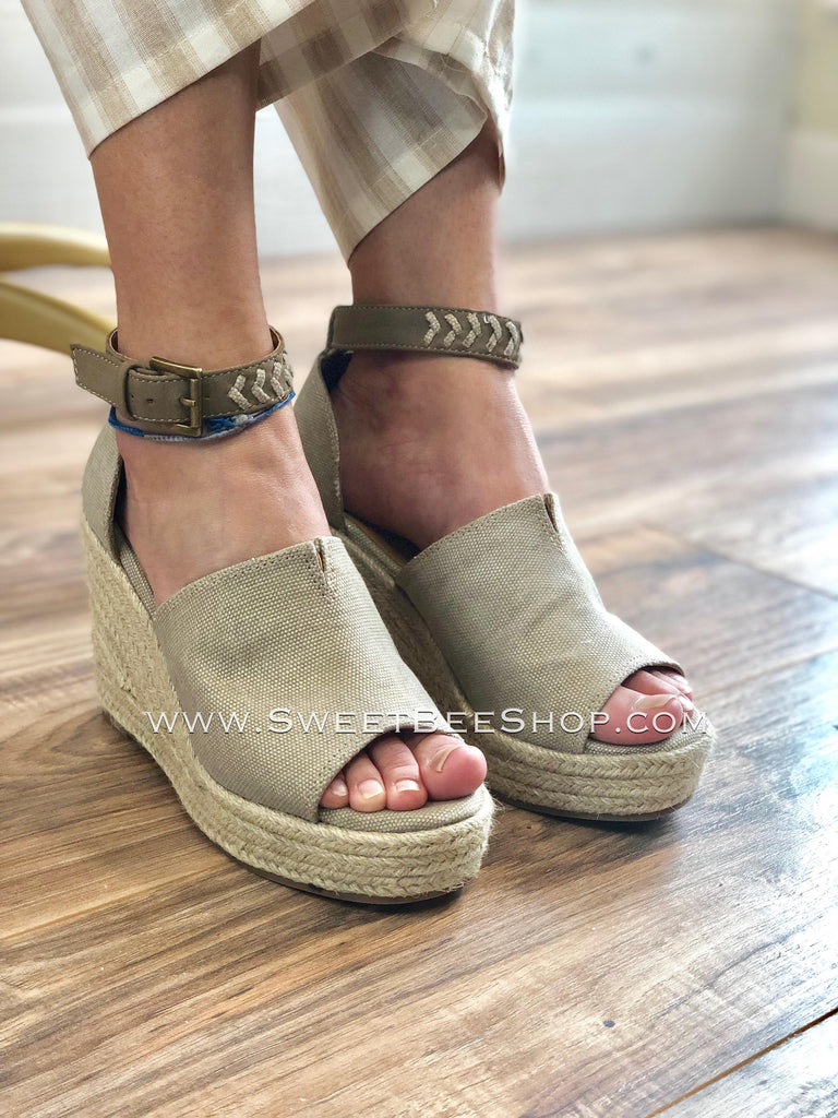 Leif- Rose Gold Wedges by Not Rated-Shoes-Sweet Bee Boutique