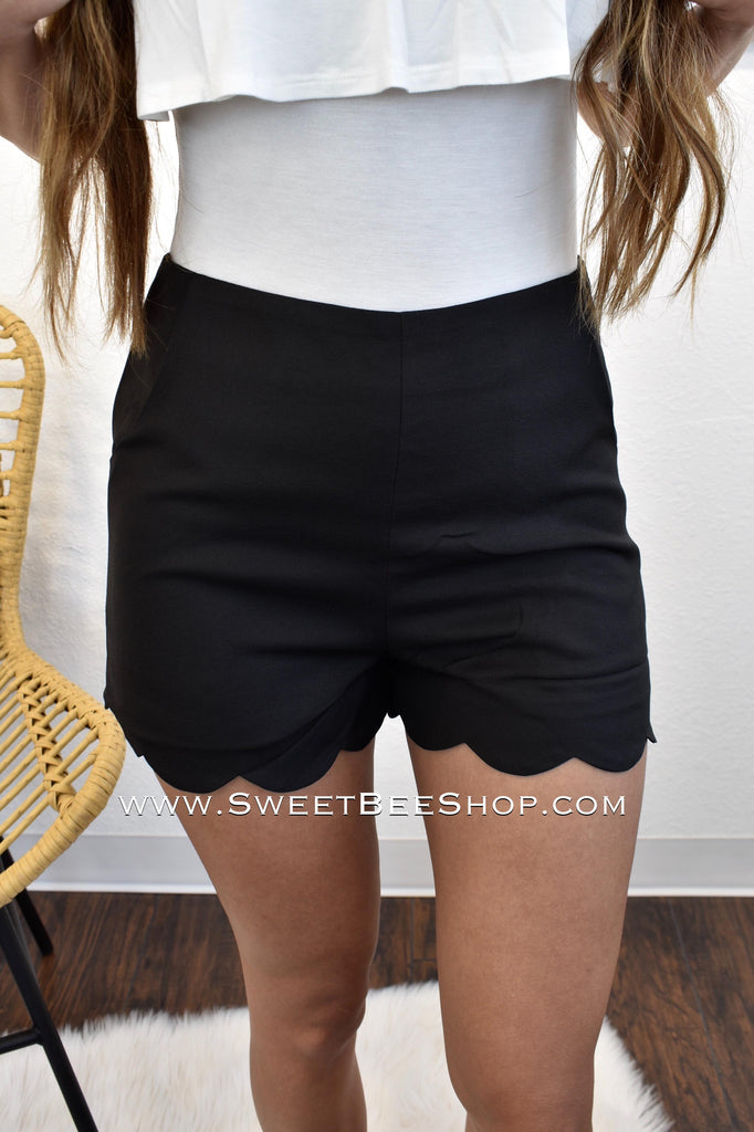 Black Solid Woven Scallop Hem High-Waist Shorts, shorts - Sweet Bee Boutique