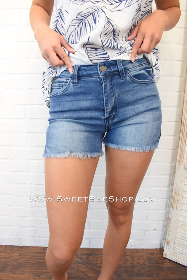 Restock - Lacy KanCan Medium Wash Premium Shorts, Bottoms - Sweet Bee Boutique