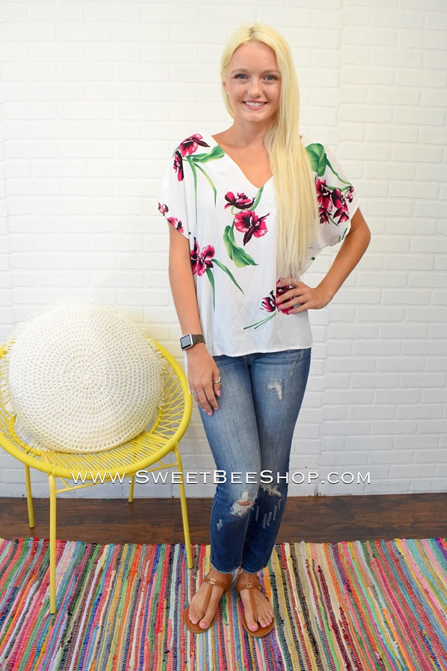 Jettie Off White Floral Print V Neck Top, Tops - Sweet Bee Boutique