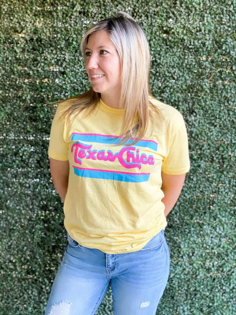Retro Banana Yellow Chica Bonita Tee