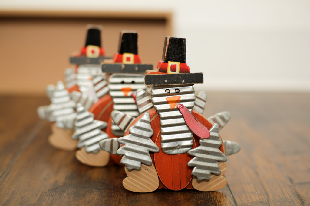 Small Wooden Pilgrim Turkey Decor