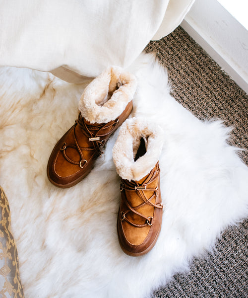 Snowbird Booties in Tan