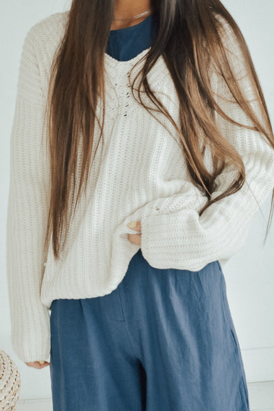 Eyelet Cream V Sweater