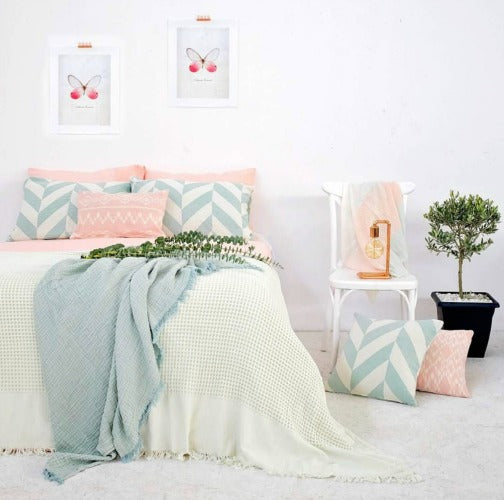 Waffle Bed Cover 240 x 260