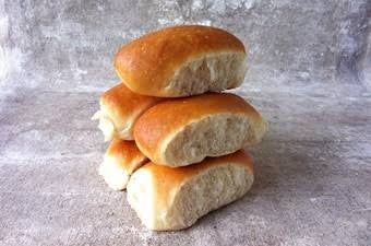 Soft finger rolls (6x pack) - Fresh Bread - Dairy Goodness - Dairy Goodness