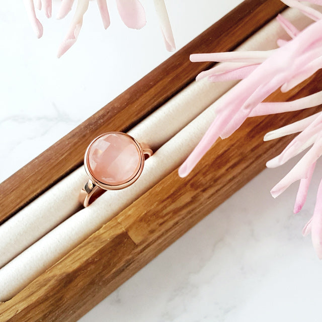 Pink Quartz Gemstone Round Ring
