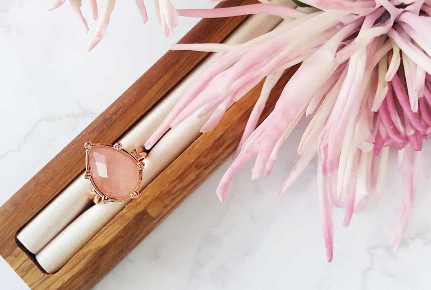 Pink Quartz Gemstone Drop Water Ring