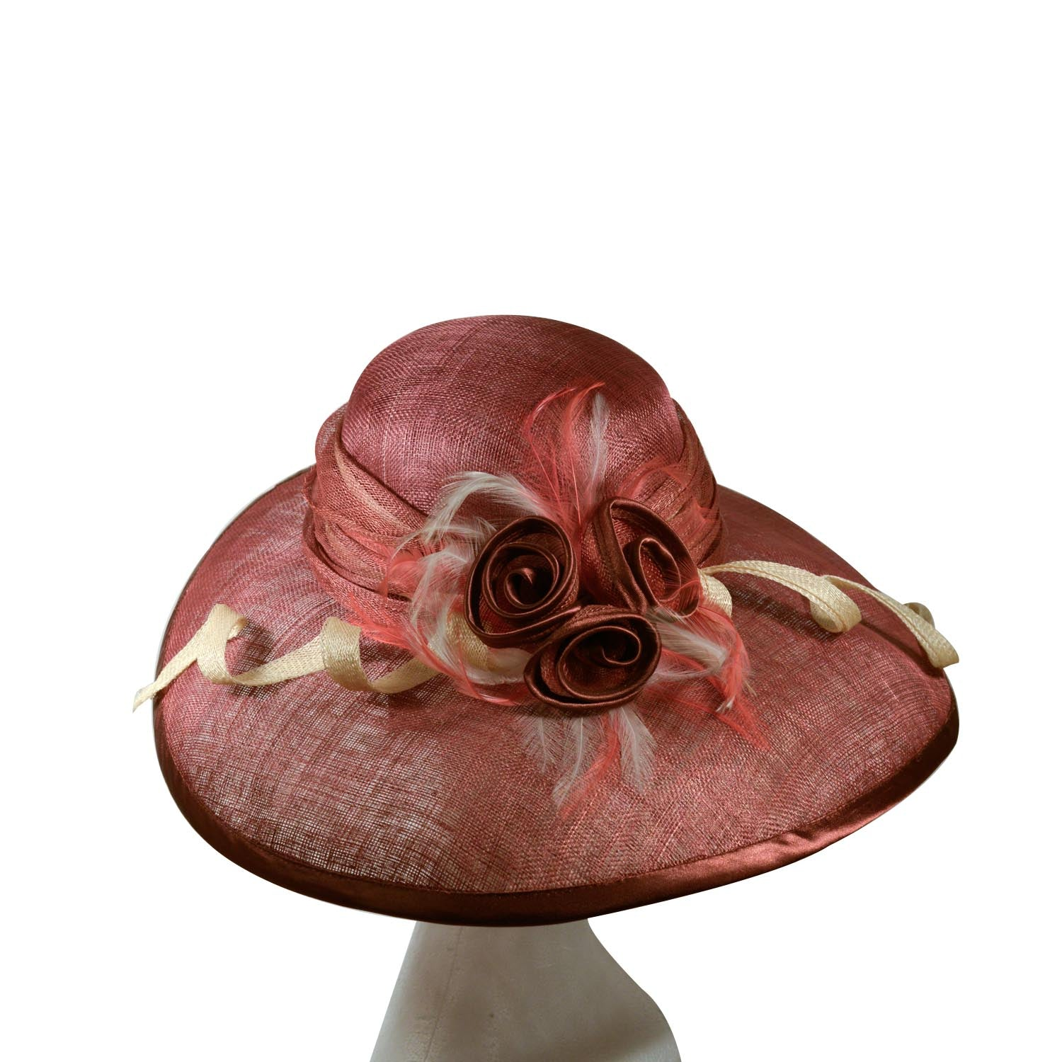 Brown straw hat with oval brim with cream and chocolate trim