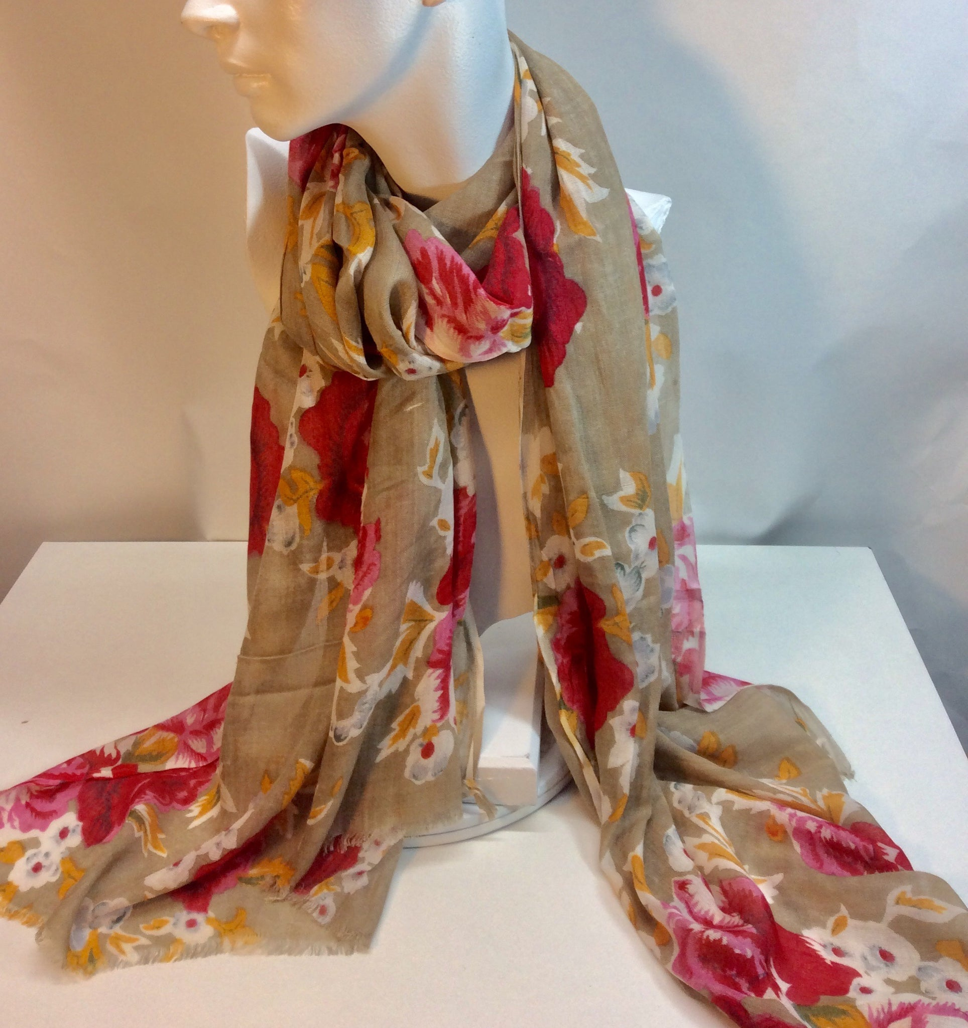 Pretty rose printed brown scarf