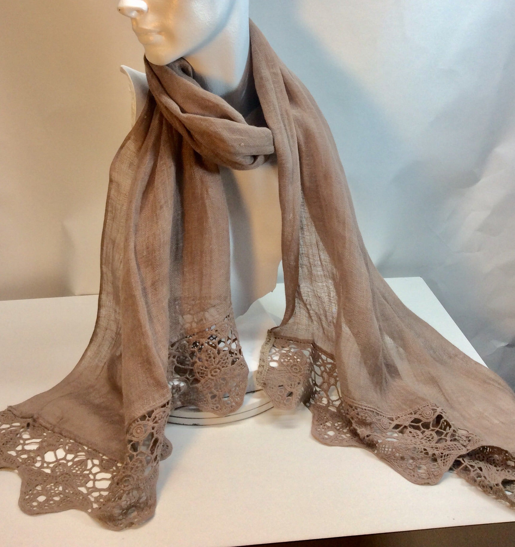 Taupe linen scarf with crocheted border