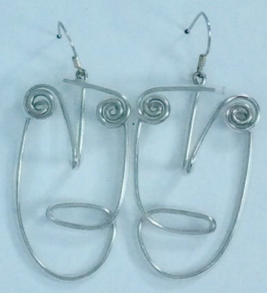 Stylish lightweight face shape silver earrings
