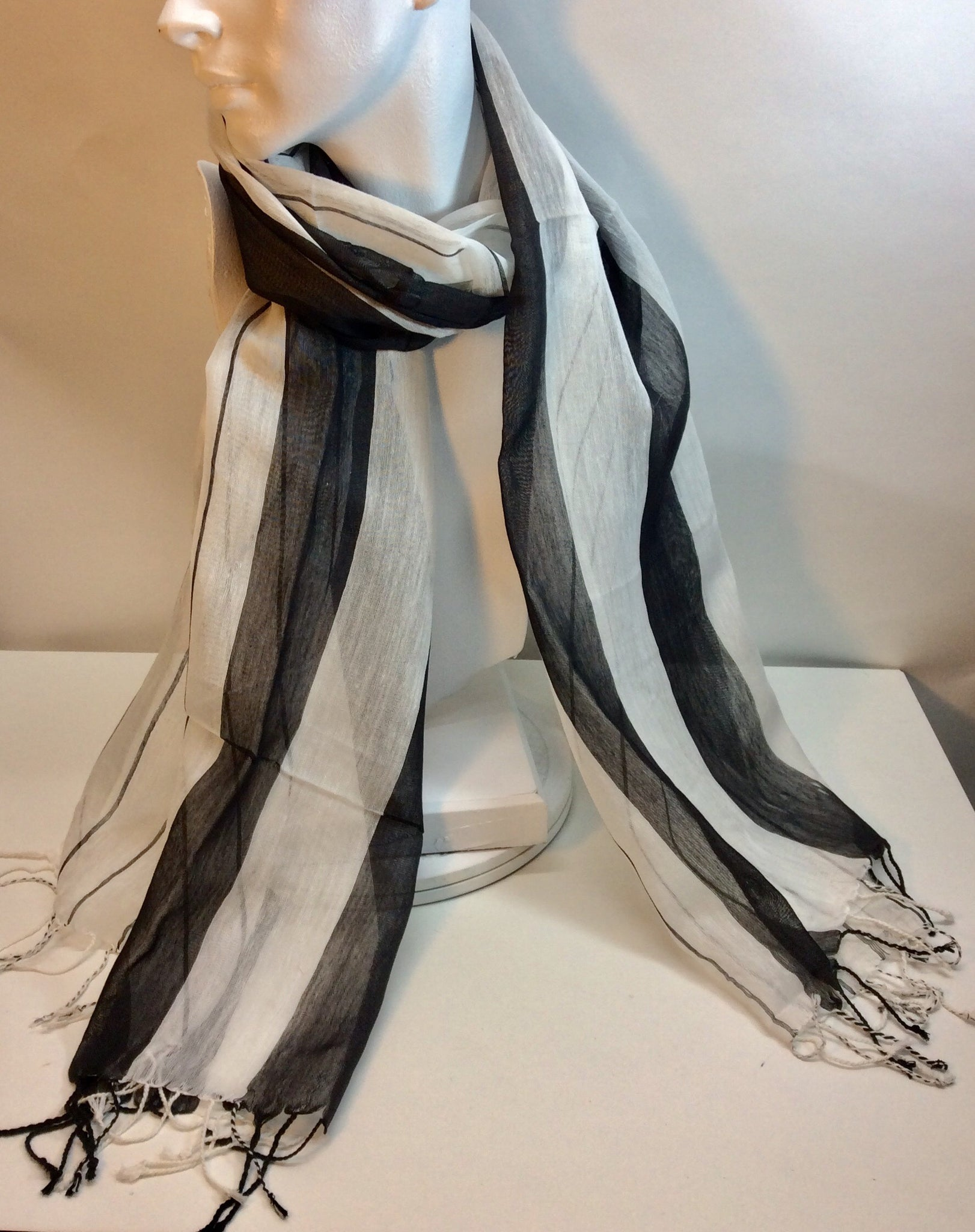 Black and white striped scarf mixture of silk and cotton