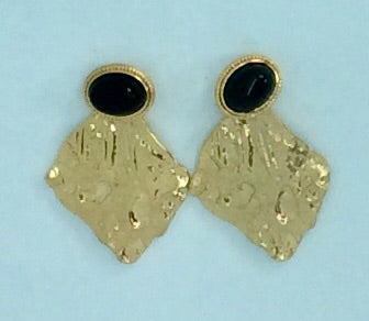 Embossed gold earrings with black stud