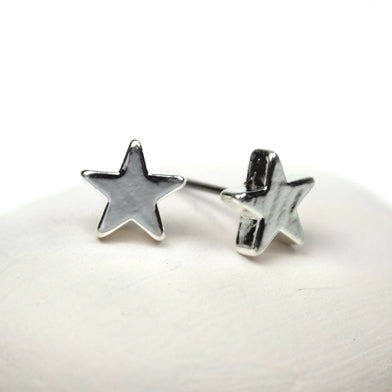 Small star stud earrings