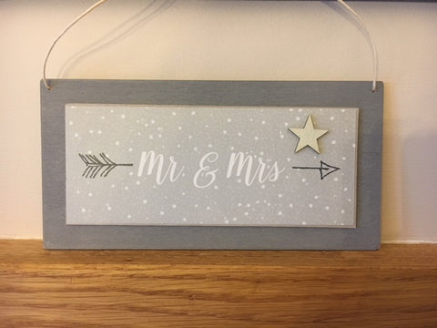 Mr & Mrs hanging wooden sign