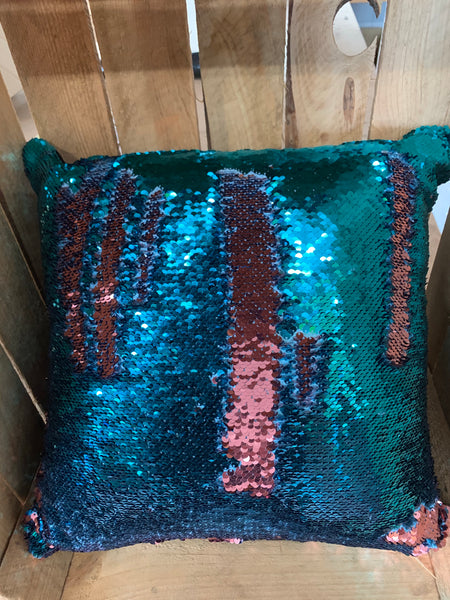 Sequin colour changing cushion