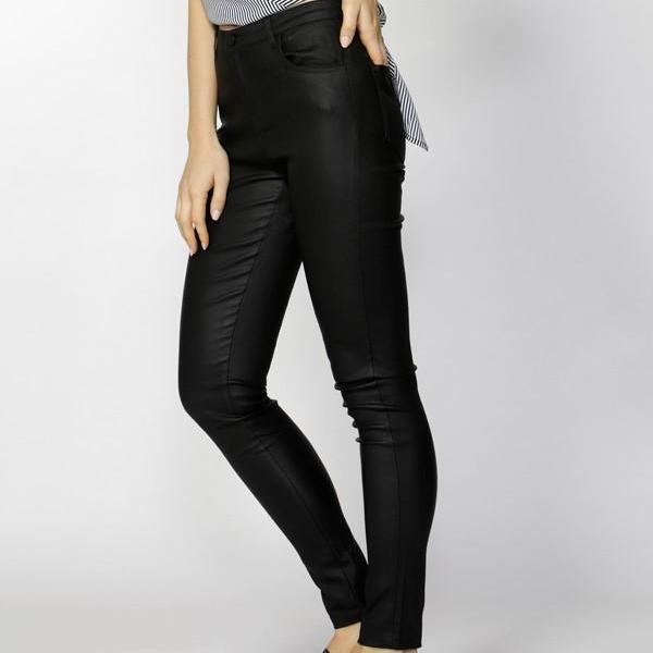 Fate & Becker Ynez essential coated pant black side