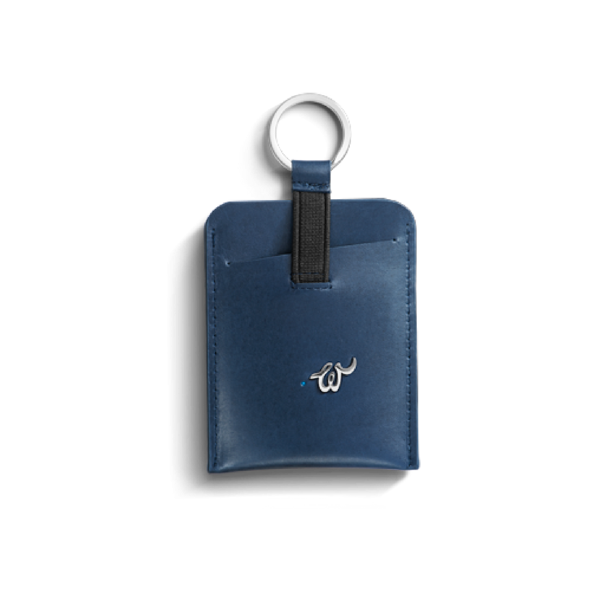 Glow Smart Key holder in Blue @ Woolet