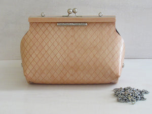 Wooden Handbags: The Morena Collection (Le Petite Sophia, Birch Wood-Pink Pigment) - Wooden Element