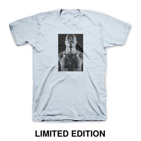 Trust Nobody Photo T-Shirt - Apparel 2PAC OFFICIAL MERCHANDISE STORE - T-SHIRT - ALBUMS - LYRICS - CHANGES - MOVIE - MERCH - QUOTES - TUPAC - POEMS - POETRY