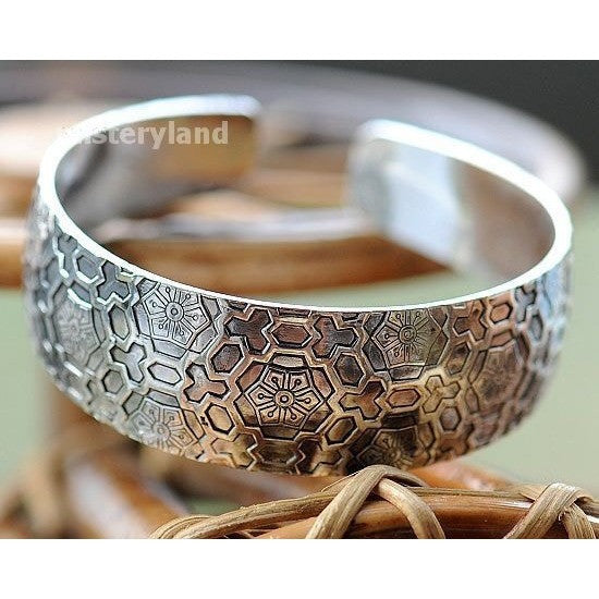 Fashion Cuff Bangle Bracelet for her/ Accessories - Kind Unity