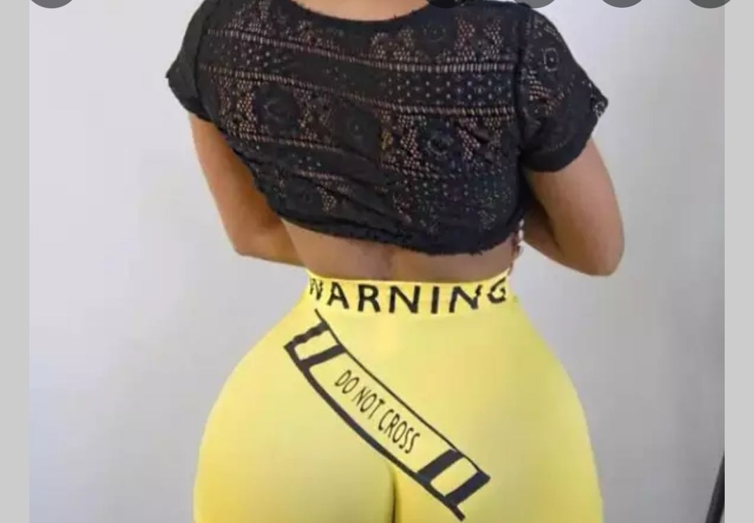 FEMALE SNACK SHORTS - DO NOT CROSS - YELLOW