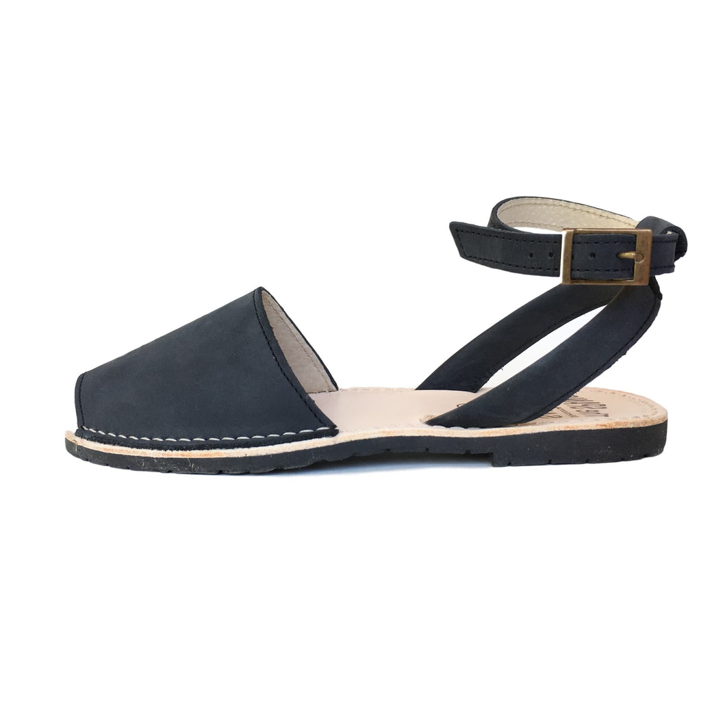 Dark blue nubuck with strap