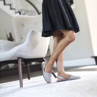 Classic taupe sandals  with black skirt - Instagram